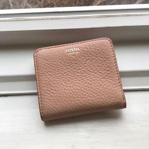 Fossil wallet nwot